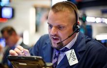 Dow Jones mất gần 180 điểm, chứng kiến phiên tồi tệ nhất của tháng 6