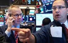 Hợp đồng tương lai Dow Jones rớt hơn 200 điểm, báo hiệu cho một phiên giao dịch 'đỏ lửa' tối nay