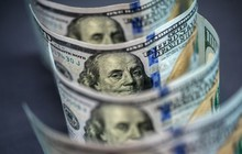 """Cả thế giới cắt giảm lãi suất, các ngân hàng """"méo mặt"""""""