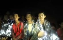 Hé lộ bí mật cuộc giải cứu đội bóng Thái: Cả đội bị còng tay sau lưng, tiêm ketamine vào chân để tránh hoảng loạn