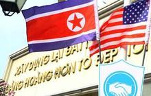 Cờ Mỹ - Triều Tiên tung bay phấp phới giữa thủ đô Hà Nội