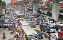 Cấm xe máy tại Hà Nội: Không nên cấm cứng nhắc