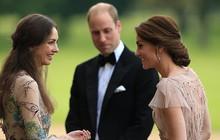 """Kín tiếng trong đời tư là vậy nhưng Công nương Kate bất ngờ bị báo chí phanh phui vụ lùm xùm """"ruồng rẫy"""" người bạn thân nhất của mình"""