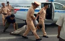 Lái xe bán tải chèn ngã khiến 1 CSGT tử vong trong lúc truy đuổi có thể được miễn trách nhiệm hình sự?