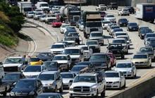 """Có """"sự trả đũa chính trị"""" vụ chính quyền ông Trump hủy cấp vốn đường sắt cao tốc California?"""