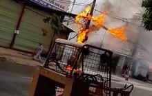 Dân hoảng sợ bỏ chạy tán loạn vì đường dây cáp viễn thông cháy, phát nổ dữ dội ở Sài Gòn