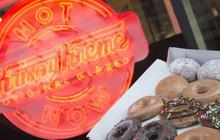Krispy Kreme: Gần 90 năm chỉ bán mỗi bánh Donut, đi qua 2 cuộc khủng hoảng kinh tế, phát triển rực rỡ với hơn 1.100 cửa tiệm tại 25 quốc gia