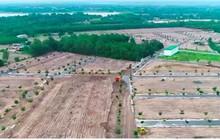 Xúc đất lấp đường nhựa xây dựng trên đất nông nghiệp tại dự án Alibaba