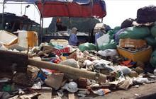 Vịnh Hạ Long: Mỗi ngày vớt 6-7 tấn rác, vớt xong rác lại đầy