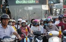Cuối tuần đường phố Hà Nội vẫn tắc cứng