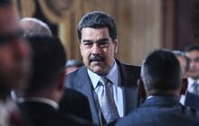 Lạm phát hơn 50.000%, Venezuela tăng lương lần thứ ba trong năm