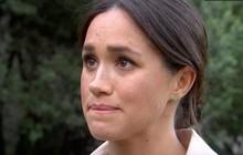 """Meghan Markle lại """"chơi xấu"""" chị dâu Kate trong ngày cuối cùng của chuyến công du theo cách khiến ai cũng cảm thấy rùng mình sợ hãi"""