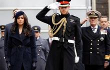 """Dư luận nghi ngờ Meghan Markle đã """"đánh tiếng"""" về việc cảm thấy hối hận khi kết hôn với Hoàng tử Harry, sự chia cách không còn xa"""