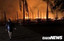 Ảnh: Dãy nhà hàng ven biển Hội An tan hoang sau 3 giờ chìm trong lửa