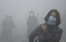 Ô nhiễm không khí Hà Nội kéo dài, bụi siêu mịn đi thẳng vào máu, có thể gây ung thư