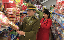 Phát hiện nhiều cửa hàng kinh doanh thực phẩm quá hạn sử dụng tại Lạng Sơn