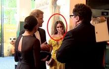 """Lộ khoảnh khắc Harry """"xin việc làm"""" lộ liễu cho Meghan Markle ngay trong sự kiện, vẻ mặt của người đối diện khiến ai cũng phải ngại giùm"""