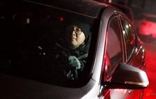 Dịch vụ chở người say rượu bia, kiếm bộn tiền ở Bắc Kinh