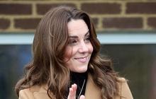 Vừa rời khỏi hoàng gia Anh, Meghan Markle đã bị chị dâu Kate chiếm hết spotlight, tạo ra hình ảnh khác nhau một trời một vực
