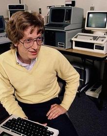 Đây là CV của Bill Gates từ năm 1974, nhìn mức thu nhập ở năm nhất Đại học là hiểu vì sao ông có thể trở thành tỷ phú sớm như vậy