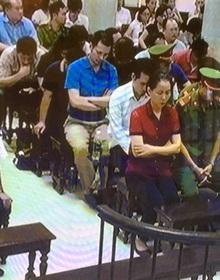 Phiên tòa sáng 21/9: Oceanbank cho rằng bà Phấn phải hoàn trả 500 tỷ cùng tiền lãi