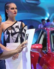 10 ôtô đắt khách nhất nửa đầu năm 2017