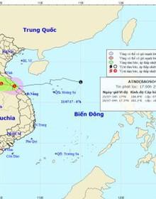 Bão suy yếu thành áp thấp nhiệt đới, miền Trung mưa lớn
