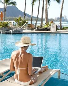 Có một giới trẻ không chịu bó buộc trong phòng kính, du lịch cả năm nhưng vẫn làm việc hiệu quả và kiếm ra nhiều tiền