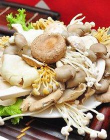 Nấm Việt Nam nhưng chữ Trung Quốc: Chủ hàng chẳng biết nguồn gốc?
