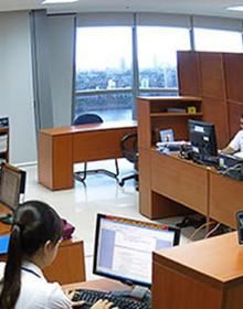Hà Nội sáp nhập nhiều phòng ban, giảm hàng trăm biên chế