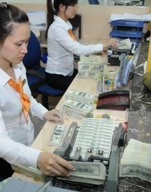 Thận trọng tín dụng ngoại tệ