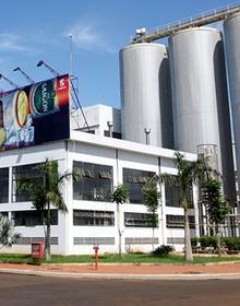 Bia Sài Gòn Miền Trung (SMB) xin ý kiến cổ đông để chuyển sàn sang niêm yết trên HoSE