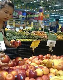 Người Việt chi 120 triệu USD mỗi tháng nhập rau quả