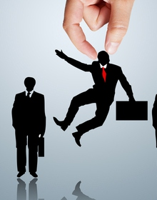 """10 ngành nghề """"khát"""" nhân lực nhất, cứ học ra không lo thất nghiệp"""