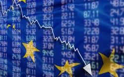 Không chỉ châu Á, chứng khoán châu Âu cũng tụt xuống mức thấp nhất trong 2 năm qua