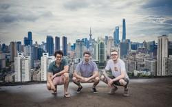 """Câu chuyện khởi nghiệp của 3 chàng trai Mỹ trên đất Trung: """"Vật lộn"""" vượt qua rào cản ngôn ngữ để gặt hái thành công"""