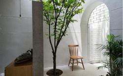 Ngắm vẻ đẹp hoài cổ của căn nhà 2 tầng ở Bình Dương xuất hiện trên báo ngoại