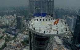 Cận cảnh giàn pháo hoa bắn đêm 30-4 tại tòa tháp Bitexco Financial Tower