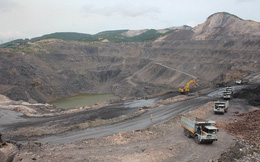 Việc làm của 85.000 công nhân ngành than sau mưa lũ: Vài tháng nữa, sản xuất mới trở lại bình thường