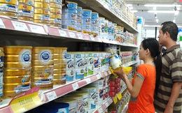 """Sữa ngoại lại tinh vi """"lách"""" luật, tăng giá bán"""