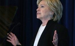 Cựu Ngoại trưởng Hillary Clinton cam kết cứng rắn với Phố Wall