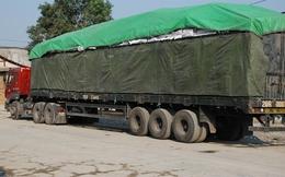 Nghịch lý ở cửa khẩu: Hàng ngàn tấn gạo ùn ứ