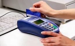 """""""Rút tiền qua thẻ"""" trốn phí, tránh lãi"""
