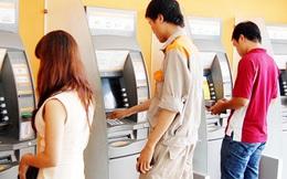 Phạt ATM hết tiền: Có phải là áp lực khiến dịch vụ ATM tốt hơn?