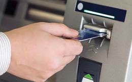Khó xử lý các ngân hàng để cây ATM hết tiền