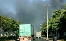 Cháy lớn ở KCN Quế Võ, hàng trăm m2 nhà kho chìm trong biển lửa