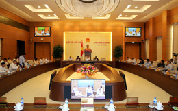 Kỳ họp thứ 10: Quốc hội thông qua 16 luật