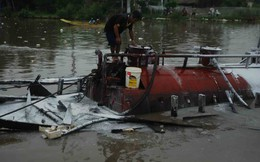 Tàu chở 20.000 lít dầu phát nổ, 1 người bị thương nặng