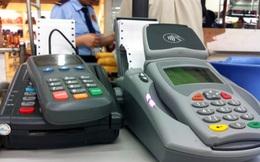 Liệu khách hàng có thể khiếu nại khi bị thu thêm phí quẹt thẻ?