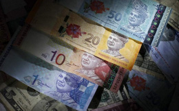 Ringgit Malaysia giảm mạnh nhất kể từ 1998